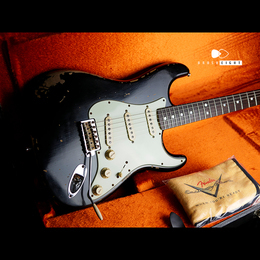 "FENDER CUSTOM SHOP Michael Landau Signature 1968 Relic Stratocaster ""Black"""